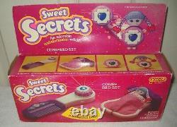 #10294 NOC Vintage Galoob Sweet Secrets Comb Bed Set