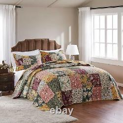 Beautiful Cozy Cottage Chic Vintage Red Rose Soft Blue Pink Green Quilt Set New