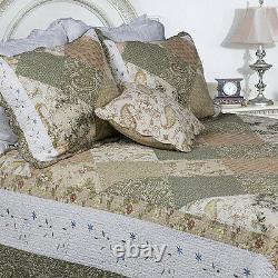 Beautiful Reversible Sage Ivory Floral Quilt Leaf Vintage Bedspread Set King