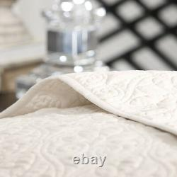 Beautiful XXL Oversized White Vintage Classic Texture Bedspread Quilt Set King