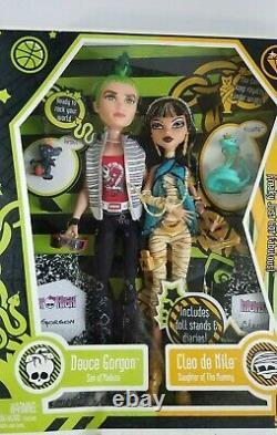 Monster High Cleo de Nile and Deuce Gorgon Dolls with Pets Set 1st Wave 2009 NIB