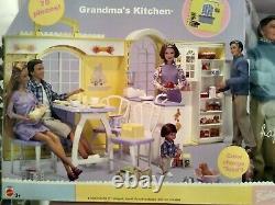 New Mattel 2003 Barbie Happy Family Grandma's Kitchen Grandparents Gift Set