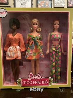 New Nrfb 1968 Barbie Stacey & Christie Mod Friends Reproduction Gift Set Mint