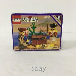 Vintage 1993 Lego System 6237 Pirates Pirates Plunder 20 Pieces New Sealed
