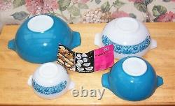 Vintage Pyrex Horizon Blue Cinderella Bowl Set