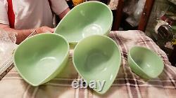 Vintage Set Of 4 Jadeite Fire King Swedish Modern Teardrop Mixing Bowls Nested